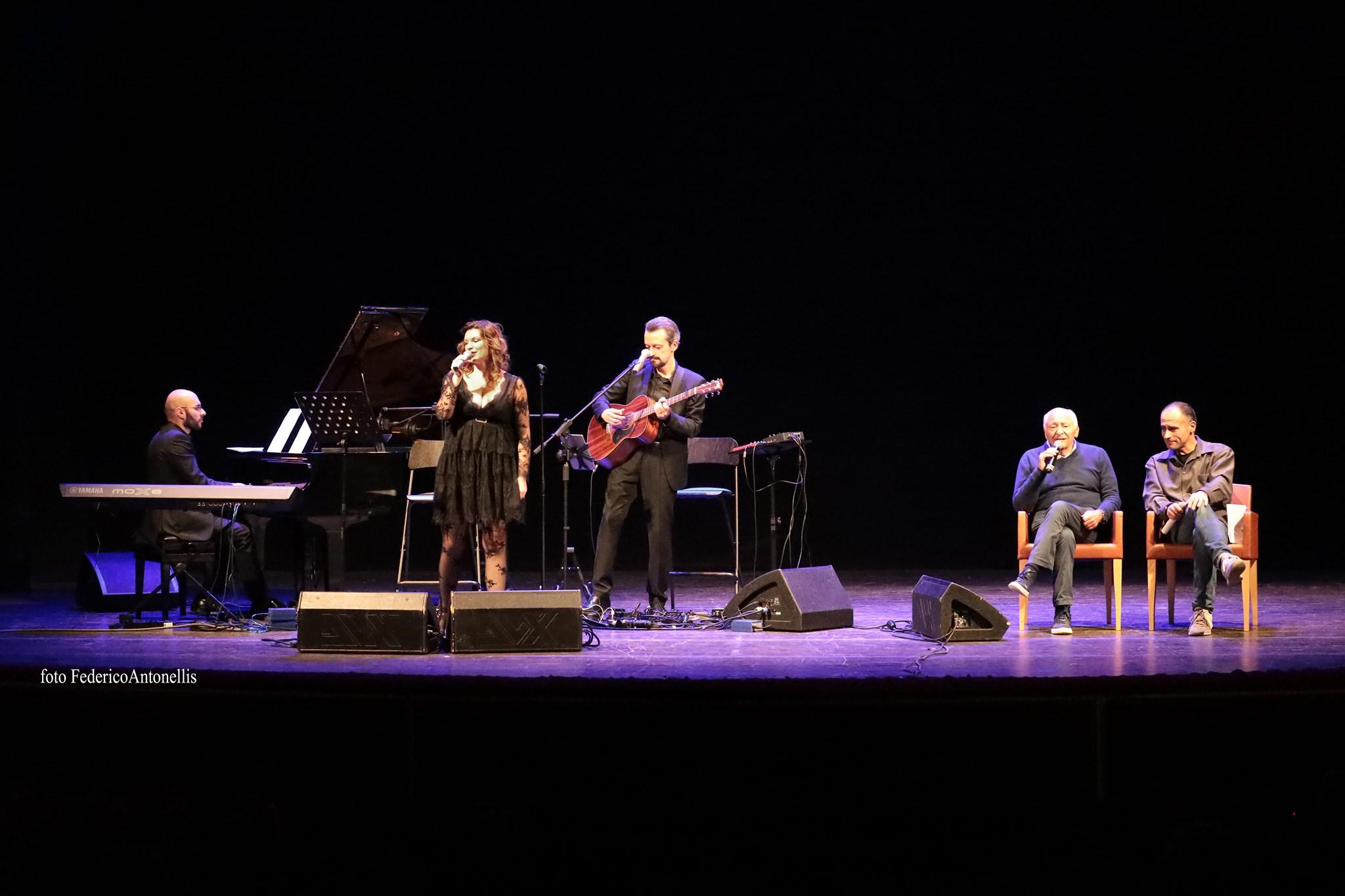Monia Angeli Teatro Giordano Foggia